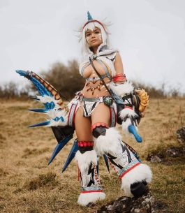 fantastic nami kirin monste hunter cosplay