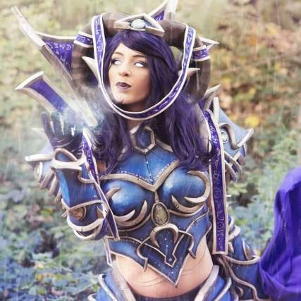 Osanguine Tarecgosa wow cosplay designed by Cinderys_art photo kamisufr5
